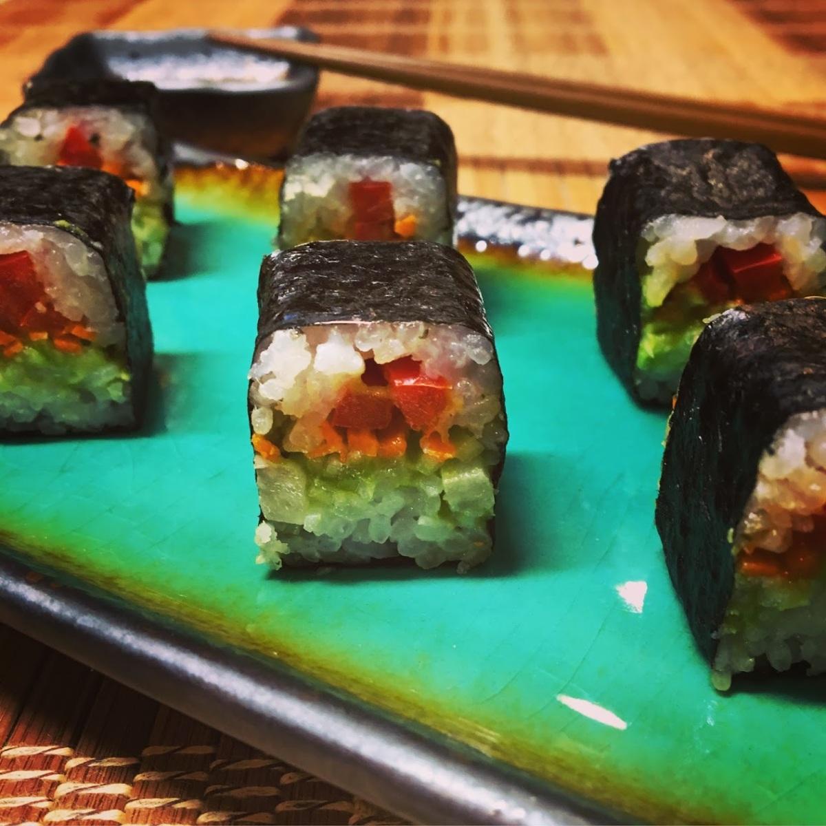 Guacamole Maki Sushi